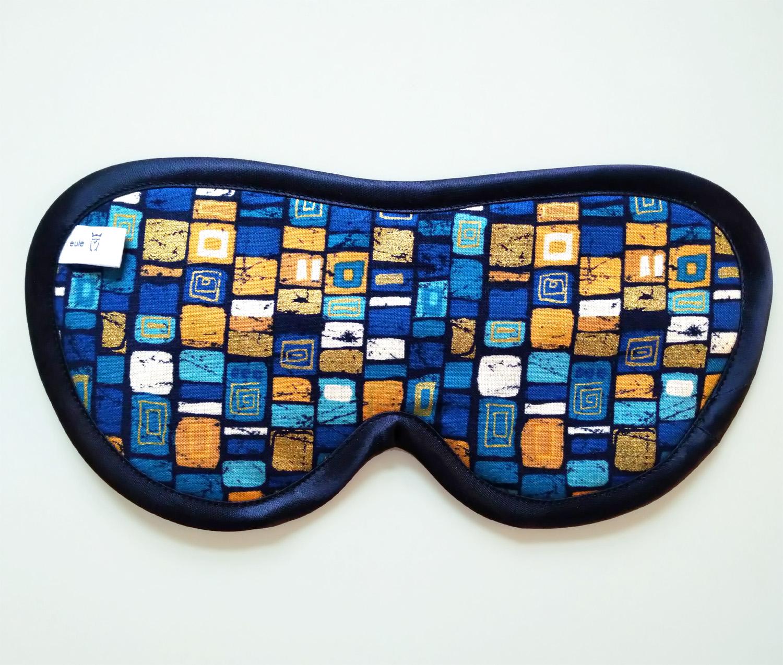 schlafbrille aus edler bedruckter seide