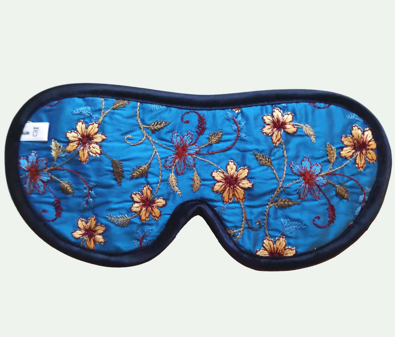 schlafbrille aus aufwändig besticktem seidenstoff