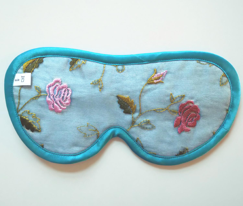 schlafbrille aus besticktem seidenstoff