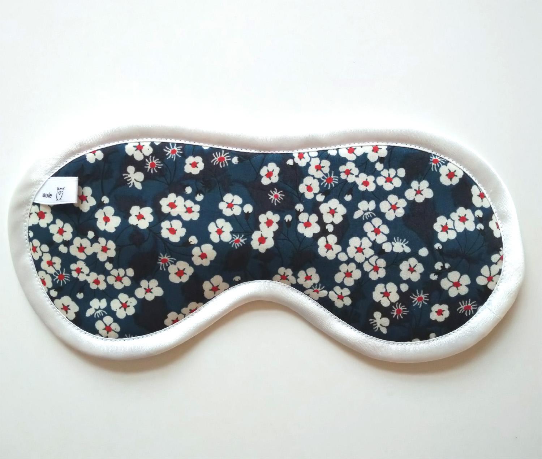 schlafbrille aus weicher baumwolle mit kirschblüten