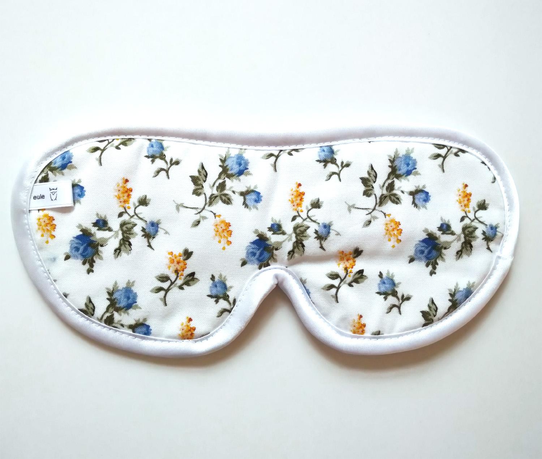schlafbrille mit blauen röschen